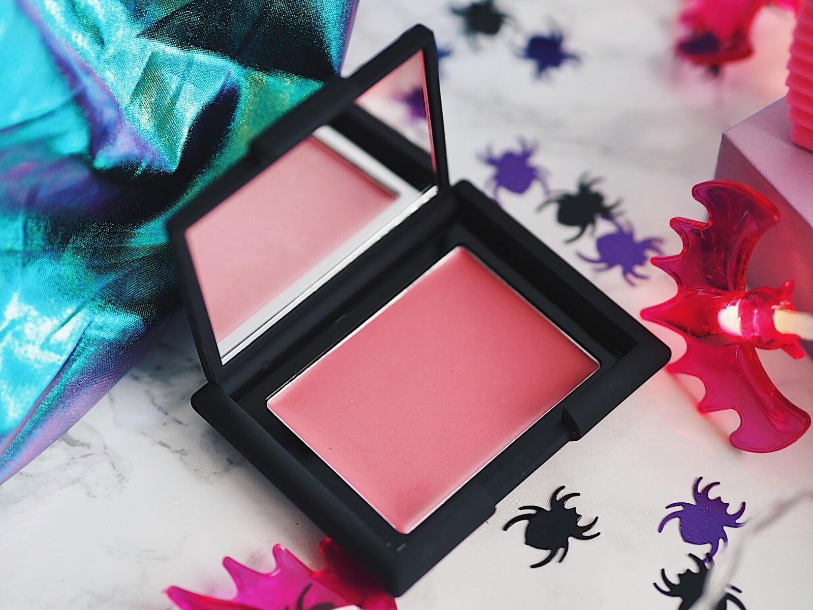 Sleek Makeup Crème to Powder Blush in Amaryllis