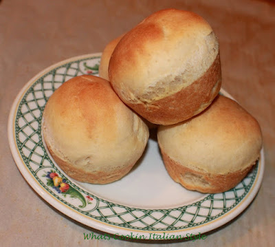 these are big fluffy yeast sweet rolls often served with cinnamon and sugar on a small fruit plate made by Lenox china. These are a copycat roll from many Southern restaurants