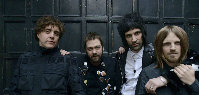 Video: Kasabian - You're In Love With a Psycho