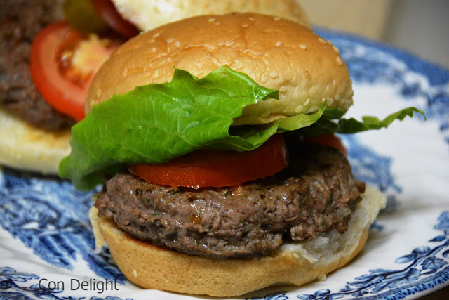 המבורגר ביתי homemade burger