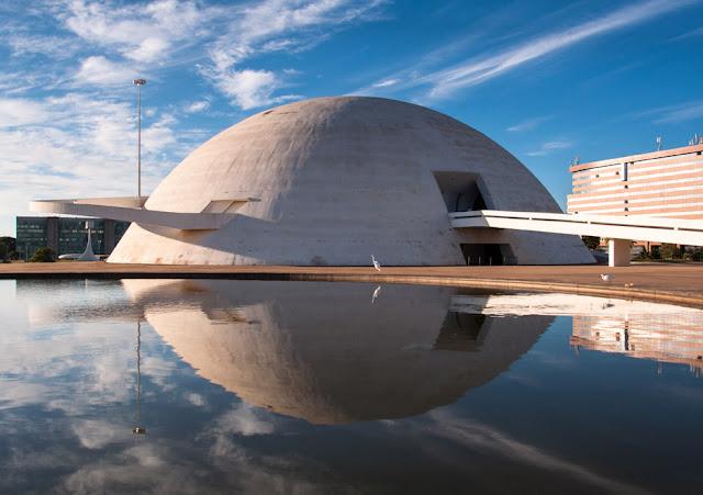 National Museum of Brasilia by Oscar Nieyemer (2006)