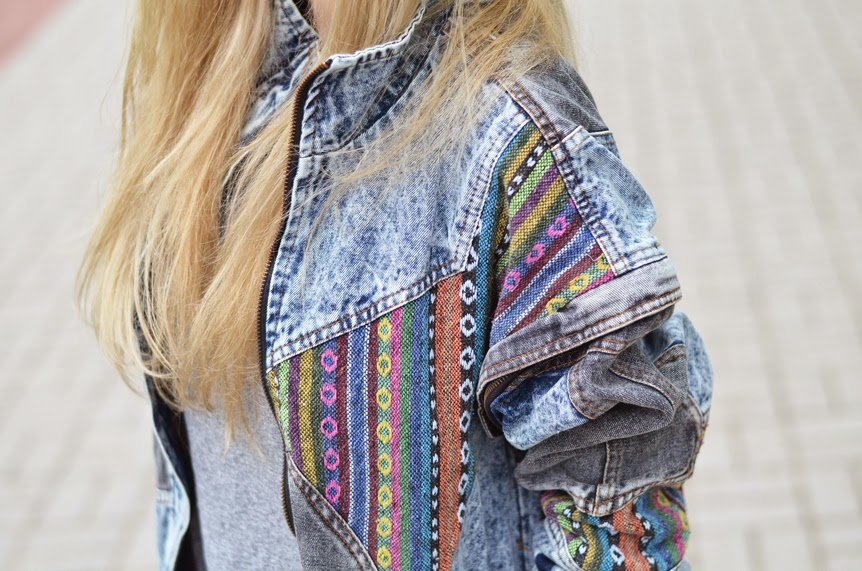 http://www.sheinside.com/Blue-Oversized-Aztec-Denim-Acid-Wash-Coat-p-144959-cat-1735.html