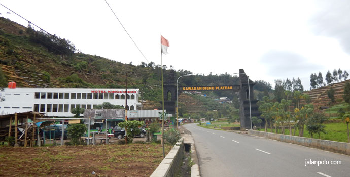 Objek wisata dieng plateau