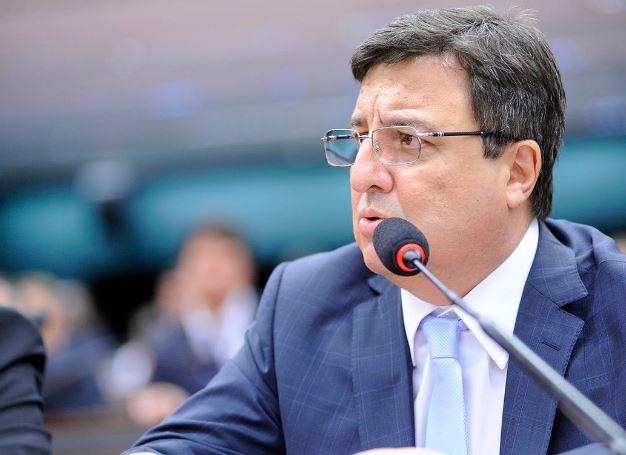 Danilo afirma que não foi comunicado de acerto com Odorico para comandar o PSB