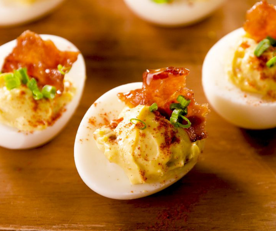 Maple Bacon Deviled Eggs - food-drink-recipes.com