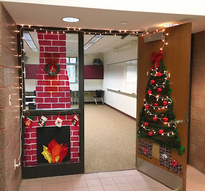 Classroom Door Decorating Contest for the Holidays  www.traceeorman.com