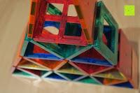 Turm innen: Playbees 100 Teile Magnetische Bausteine Set für 2D und 3D Form Konstruktionen, Regenbogenfarben Magnetspielzeug, Baukasten Magnetspiel, Magnetbausteine