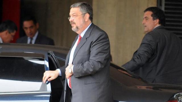 Lula renovou MP em troca de dinheiro para filho, diz Palocci