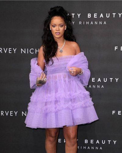 Rihanna's-fenty-beauty-earns-$72 million-in-media-value-in-first-month