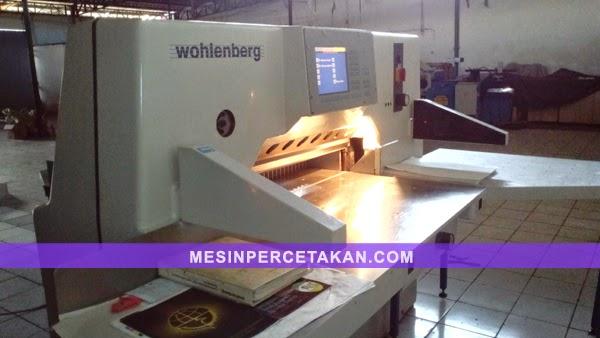 Wohlenberg 92 paper cutting machine