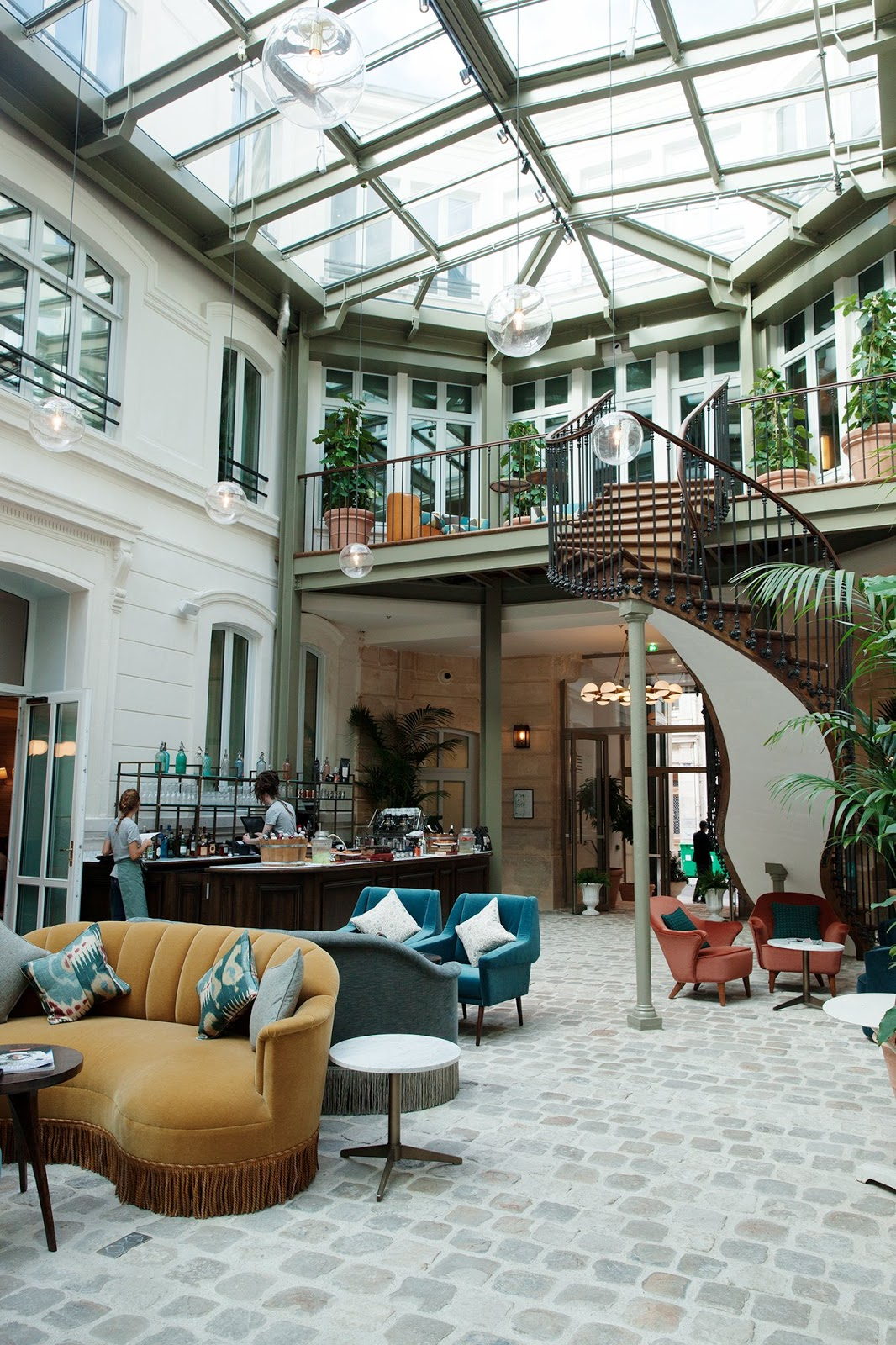 Travel Destinations : The Hoxton Hotel in Paris. | Cool