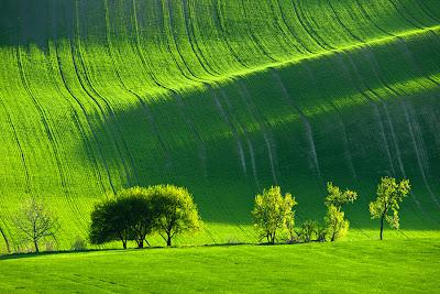 من أجمل الأماكن الطبيعية بالعالم :- منطقة مورافيا التشيكية 0_85362_5d3351ec_ori
