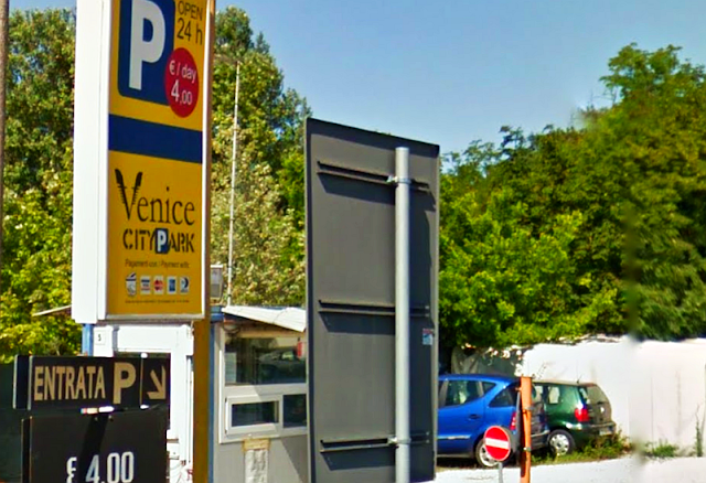 Parkování v Benátkách za 4 € na celý den