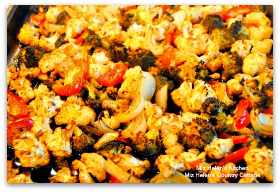Sheet Pan Roasted Balsamic Cauliflower and Broccoli at Miz Helen's Country Cottage