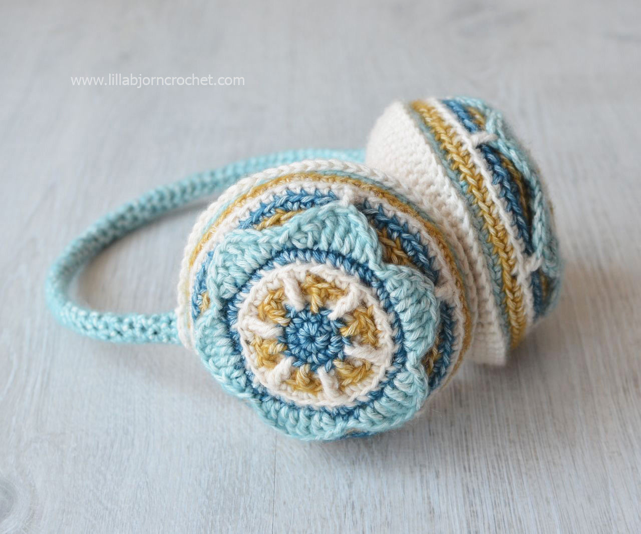 Crocheted ear muffs. Designed by Lilla Bjorn Crochet - overlay crochet