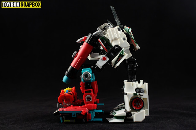 titans return perceptor microscope wheeljack
