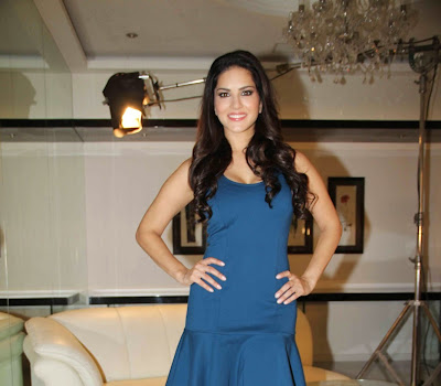 Sunny leone photos in short dress at mtv webbed in mumbai drama series shooting