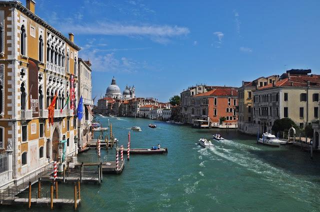 Wenecja - Jak dotrzeć? Gdzie tanio i dobrze zjeść? Co zobaczyć?