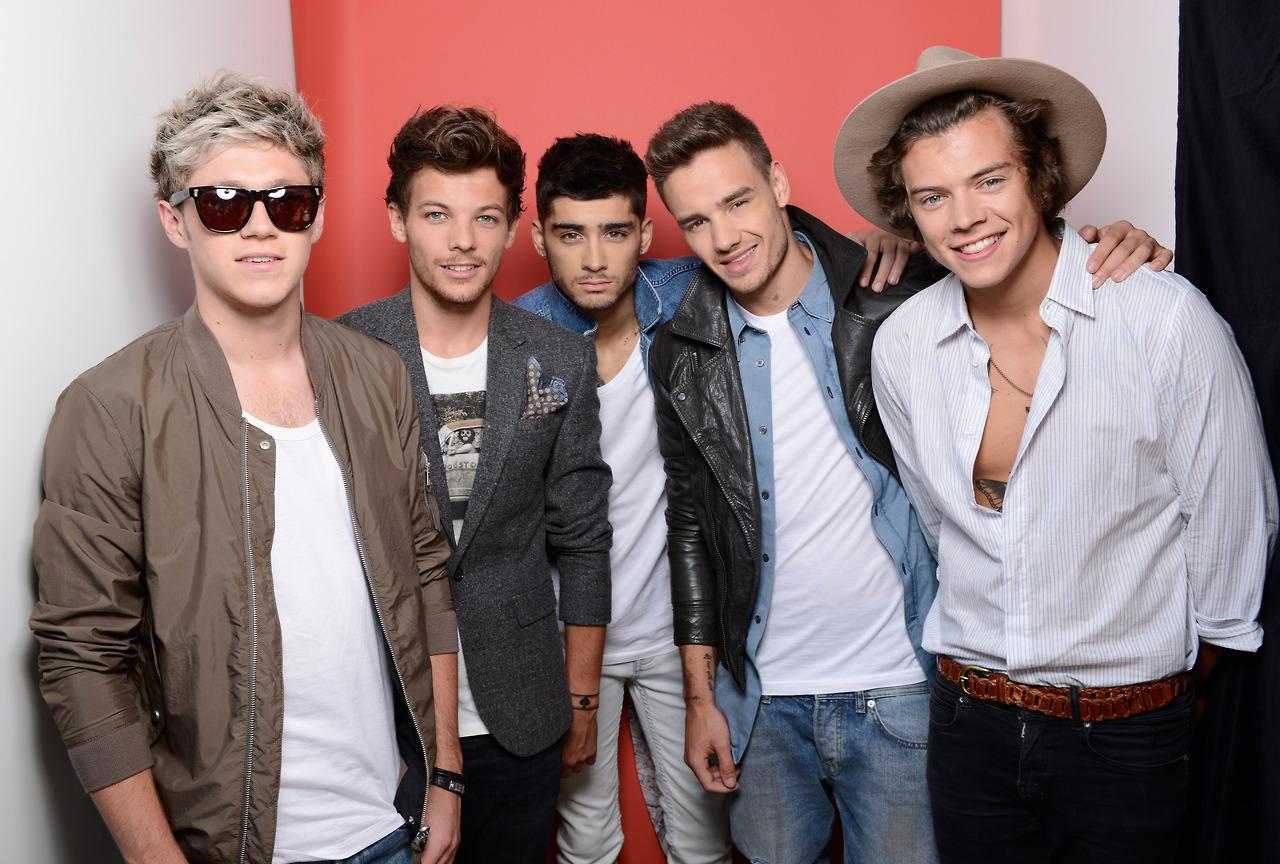Группа One Direction названа лучшим экспортным музыкальным продуктом Великобритании.  Поделиться с друзьями на...