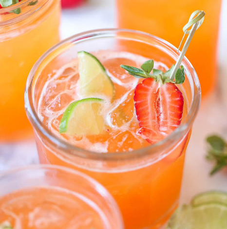 STRAWBERRY PINEAPPLE MOJITO #drink #healthy drink