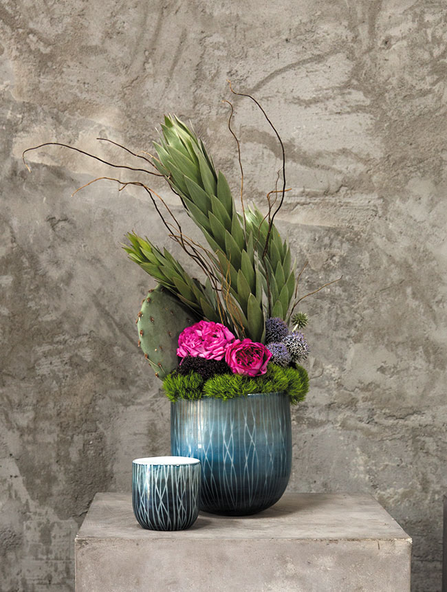 The Moscow Pot - blue and white vase - new for 2016 from Accent Decor