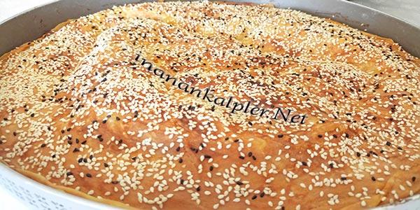 El Açması Peynirli Tepsi Böreği Tarifi - inanankalpler.net