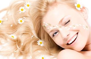 Comment éclaircir ses cheveux avec des ingrédients naturels et efficaces