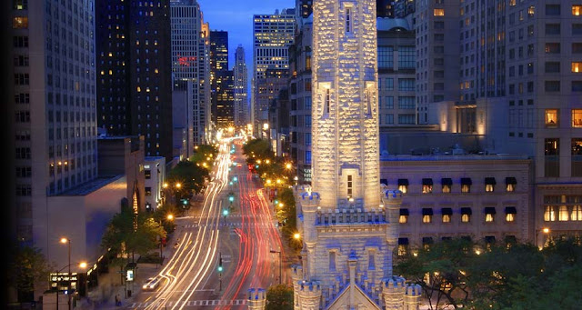 Magnificent Mile e Water Tower em Chicago