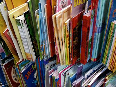 Преглеждайте учебниците на децата си