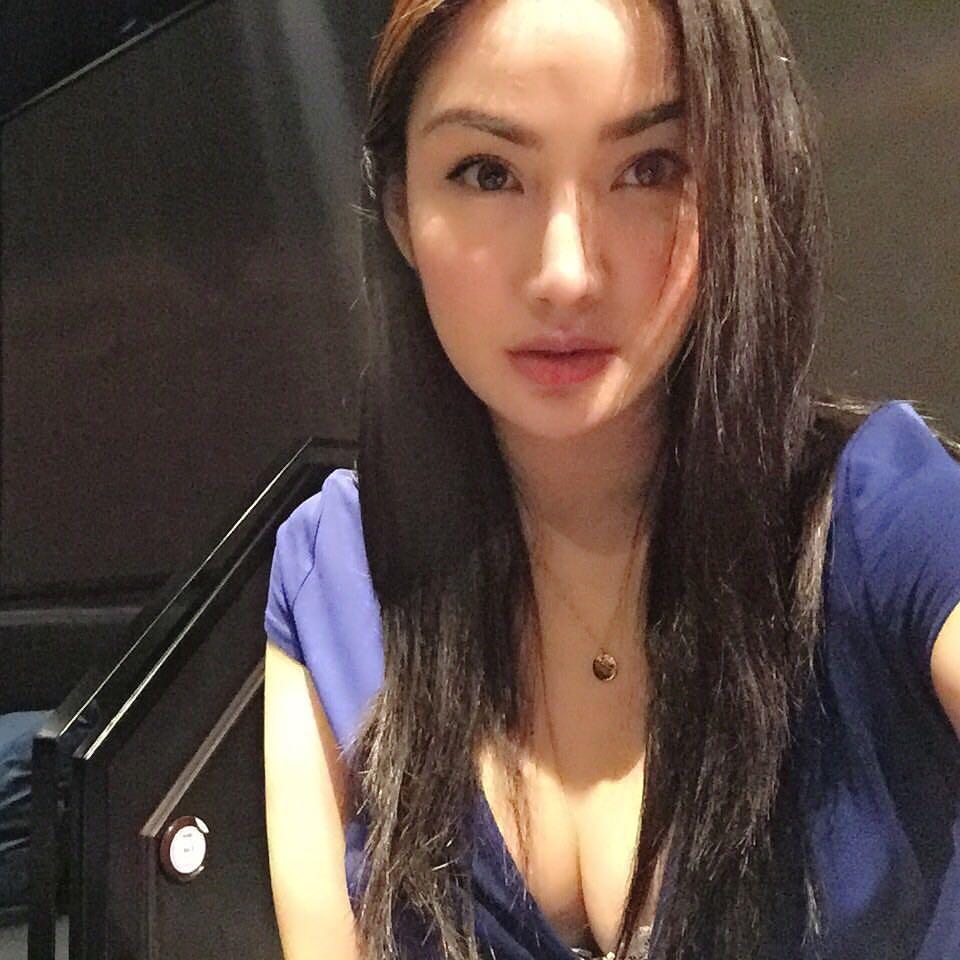 Sexy Asian Women - Beautiful Asians  Cute Asian Girls  Sexy Asian Girl Paulene So Nude -1869