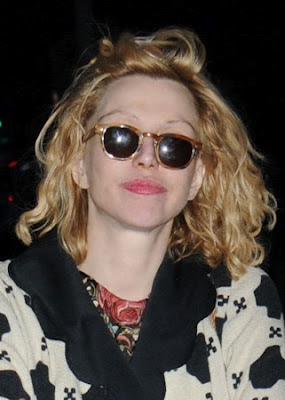 COURTNEY LOVE IN MOSCOT LEMTOSH BLONDE