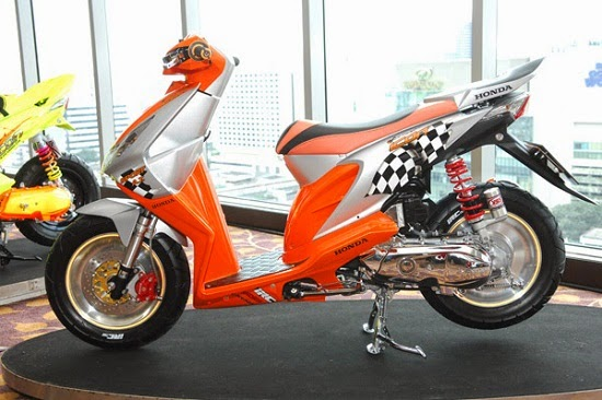 Foto Modifikasi Honda Beat_1 - OtoGrezz