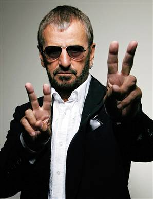 Foto de Ringo Starr con lentes