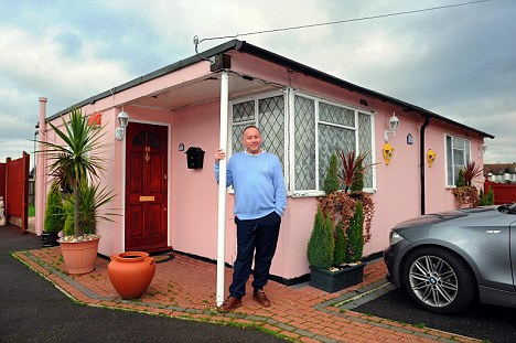 France Also Had Prefab Houses And That Their Favourite Ones Were Shipped Over From The Usa Being Called Uk100 Meant For Uk But Redirected To