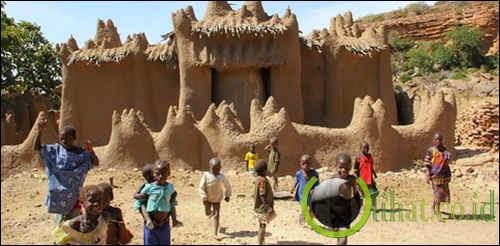 Masjid Nando di Mali, Afrika Barat