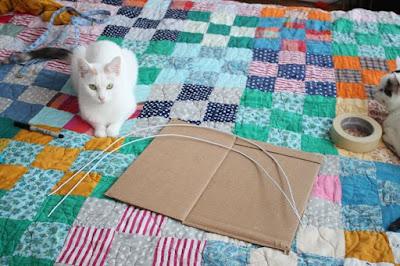 เต้นท์แมว งาน DIY เสื้อผ้าเก่าน่ารักๆ 4