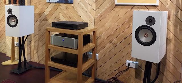 Sistem 2: Simfoni BL 100 CE dan Speaker Grand Polaris