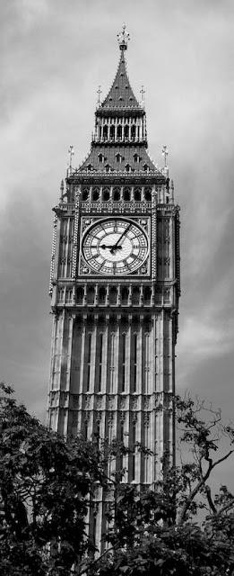 Desigual inaugura un 'flagship' de récord en Oxford Street, Londres.