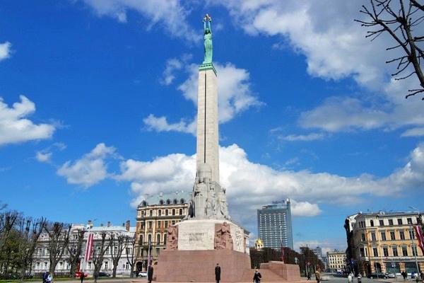 riga monument liberté