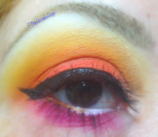 eye_makeup_look_electric_banana