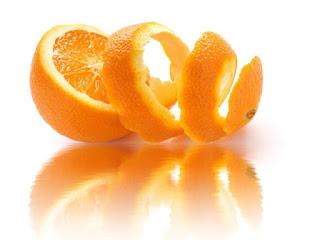 Bagaimana-Cara-Memutihkan-Gigi-Dengan-Kulit-Jeruk