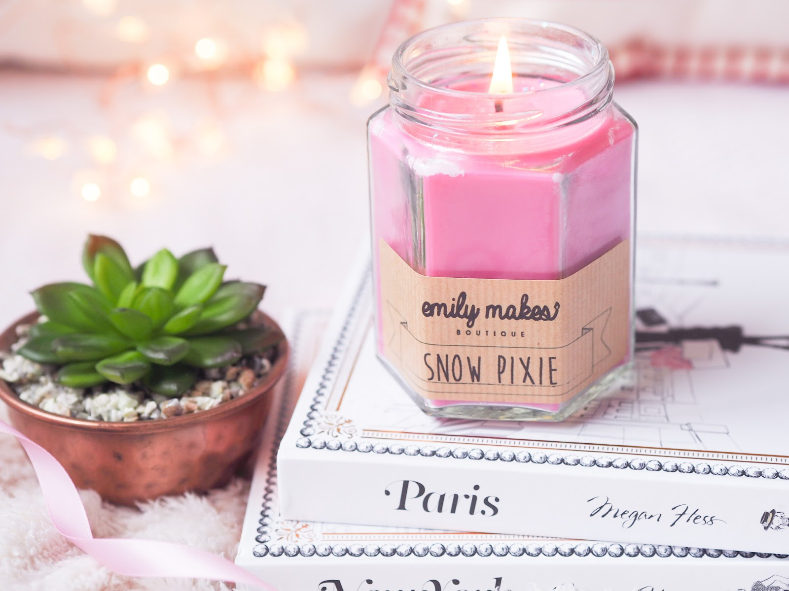 Emily Makes Boutique: Snow Pixie candle review | Kate Loves
