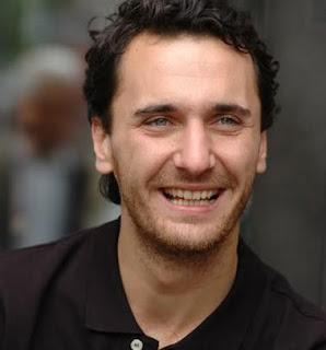 Biodata Firat Celik pemeran Mustafa