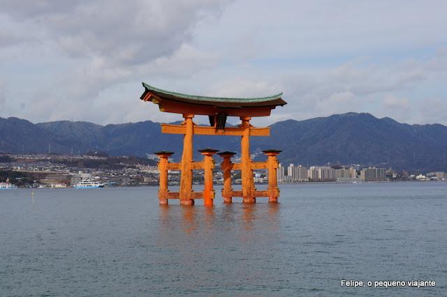 tori flutuante de Miyajima