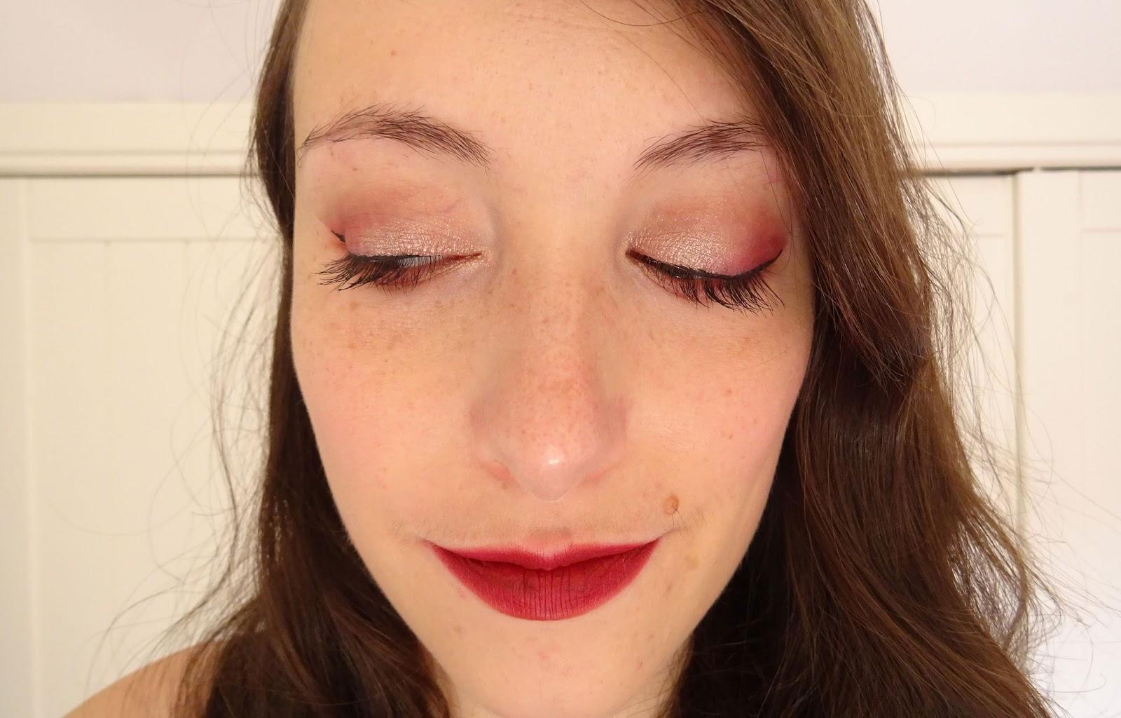 Tuto maquillage Rose gold et bordeaux Monday Shadow Challenge