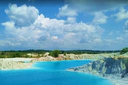 Danau Kaolin Air Bara di Pulau Bangka