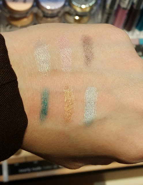 ultra wear eye shadow stick Swatch
