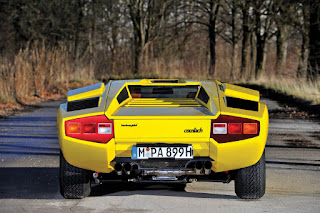 Lamborghini Countach LP400 Periscopio Rear