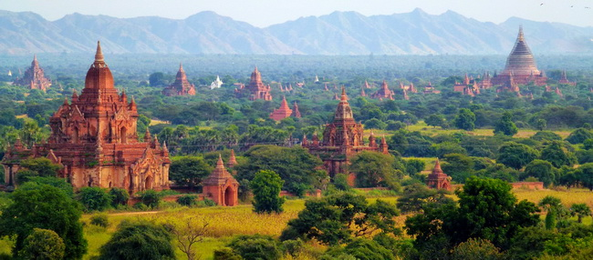 Xvlor.com Old Bagan is city of thousand pagodas built by prosperous Pagan Empire