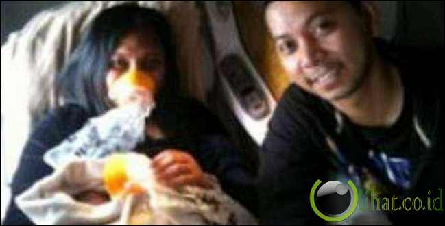 Wanita Filipina Melahirkan di Pesawat Emirates
